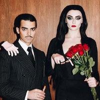 Joe Jonas Sophie Turner Halloween Costume Addams Family Costume Ideas